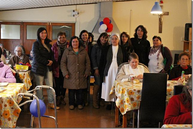FOTO acción social hogar de ancianos 1