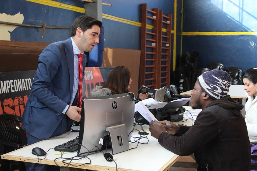 Oficina de extranjer a de gobernaci n provincial atendi a for Oficina de extranjeria aluche