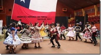 Con la muestra comunal de cueca Villarrica inicia celebraciones de Fiestas Patrias (3)