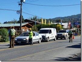 Alcalde Astete ordena  intensificar barrera sanitaria al acceso de Villarrica y Licán Ray (2)