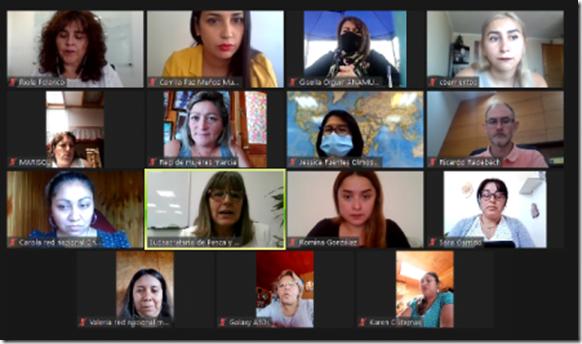 foto reunión mesa mujeres